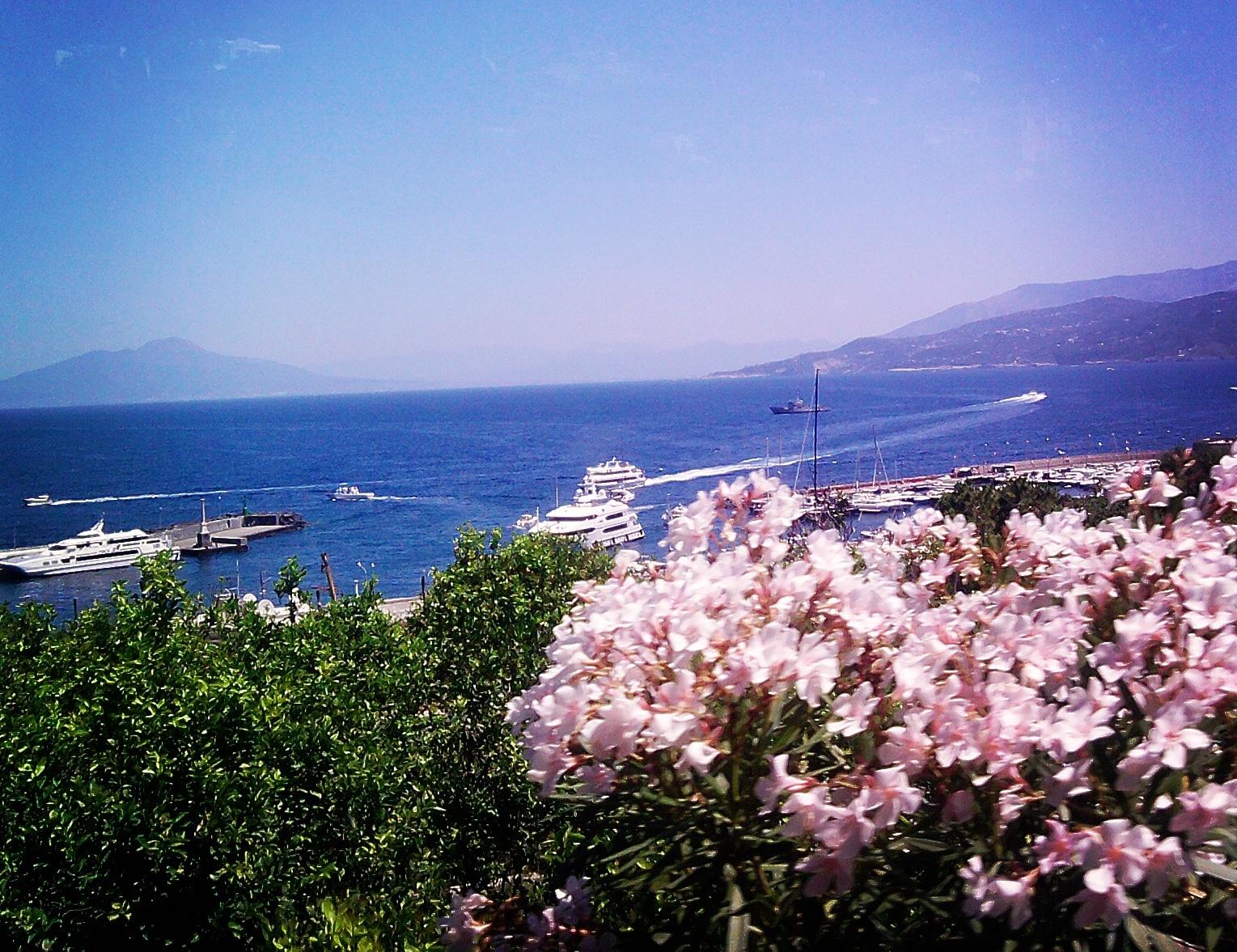 Blick auf die Bucht von Capri von Neapel